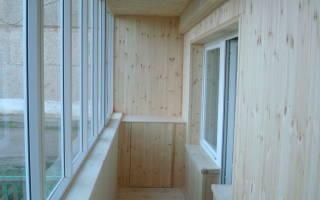 Сколько стоит обшить балкон вагонкой