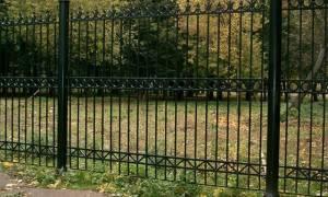 Как выбрать металлический забор?