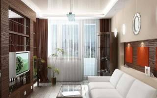 Как оформить окно в зале с балконом