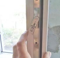 Сломалось пластиковое окно выскочило