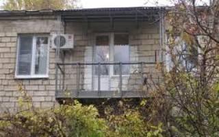 Отделка балкона в хрущевке своими руками