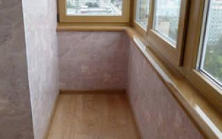 Как дешево отделать балкон внутри